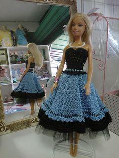 Vestido em crochet para boneca Barbie