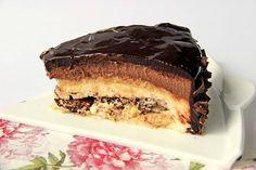 torta con bavarese alla nocciola, mousse di cioccolato e altri strati, i 92 se la meritano! | Cucchiaio e pentolone