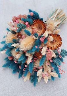 HonestlyWTF Dried flower bouquet, Dried flowers, Dried flower arrangements