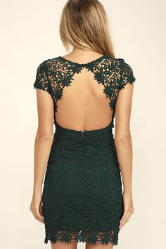 We admire any girl who can put together a great outfit, but honestly, the Hidden Talent Backless Forest Green Lace Dress makes it easy! This beautiful bodycon dress has sheer cap sleeves and a backless design (with top button). Hidden back zipper/hook clasp.