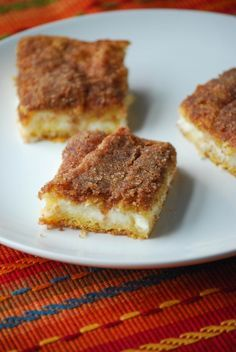 So in continuing with our Mexican fiesta we've been having here the past week, you can't have a fiesta without finishing it with dessert, right?!? These bars couldn't be easier to put together and they would be great for any party, Mexican themed or not. They are sweet and flaky and the cinnamon sugar & … Sopapilla Recipe, Sopapilla Cheesecake Bars, Cheesecake Bites, Brownie Desserts, Brownie Bar, No Bake Desserts, Powdered Donuts, Pillsbury Dough, Dough Recipe