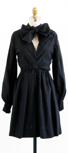 vintage 1960s Geoffrey Beene bow tie dress | designer dress | www.rococovintage.com