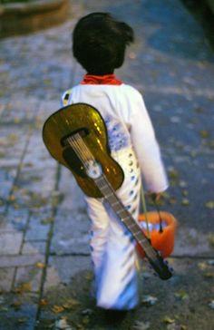 Coolest homemade elvis costume ideas elvis costume costumes and homemade elvis presley costume ideas solutioingenieria Image collections