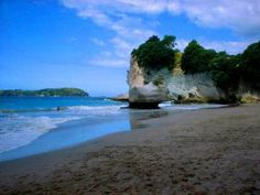 Cathedral Cove 3