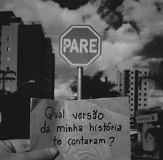 Elenara Elegante : O Brasil não é um país sério, então comam brioches... Street Quotes, Broken Heart Quotes, Some Words, In My Feelings, Positive Vibes, Sentences, Texts, Love Quotes, Funny Memes