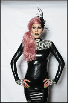 Sharon Needles. Sexy latex dress.