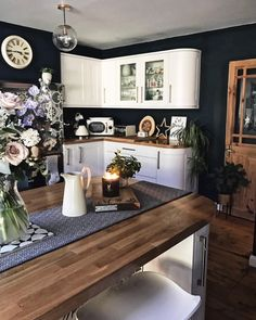 Our kitchen definitely seems to be heading down the monochrome route, I love how the dark blue makes the wood and white units pop out! Open Plan Kitchen, New Kitchen, Kitchen Units, Kitchen Wood, Kitchen Interior, Kitchen Decor, White Cupboards, Kitchen Colour Schemes, Decoration Table