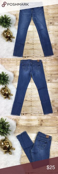 American Eagle SHORT Stretch Skinny Jeans American Eagle SHORT Stretch Skinny Jeans   Size 4 Short  Waist: 15 1/4 inches  Rise: 7 1/4 inches  Inseam: 29 inches  Leg Opening: 5 3/4 inches American Eagle Outfitters Jeans Skinny