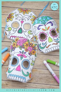 Learn about the Mexican Day of the Dead celebration with these free printable Day of the Dead masks. Choose from five printable sugar skull mask designs. Day Of The Dead Mask, Day Of The Dead Skull, Halloween Masks, Halloween Crafts, Halloween Stuff, Halloween Makeup, Holiday Crafts, Skull Template, Mexican Mask