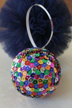 Bombki w stylu disco kuli (proj. Lucy), do kupienia w DecoBazaar