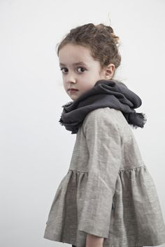 Little Style / Kids Style / Kids Fashion / Kids Wear / Dress. Little Girl Fashion, My Little Girl, Kids Fashion, Trendy Fashion, Baby News, Look Girl, Fashion Moda, Kid Styles, Sewing For Kids