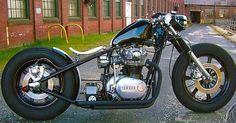 Bobber Inspiration - Bobbers and Custom Motorcycles Xs650 Bobber, Bobber Bikes, Yamaha Motorcycles, Bobber Motorcycle, Bobber Chopper, Moto Bike, Triumph Bikes, Triumph 650, Cb750