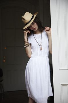 LOVE LOVE LOVE...this is my usual summer outfit. Panama hat and a white dress.  ulla johnson