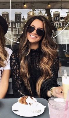 Hair color flamboyage faces 70 Ideas for 2019 hair flamboyage Hair color flamboyage faces 70 Ideas for 2019 Long Curls, Curl Long Hair, Hair Color And Cut, Hair Colour, Long Hair Colors, Hair Color Balayage, Balayage Hair Brunette Long, Dark Ombre Hair, Bronde Hair