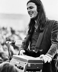 Im the sappiest classic rocker youll ever meet. All my friends parents love me #davidgilmour #theresnowayoutofhere
