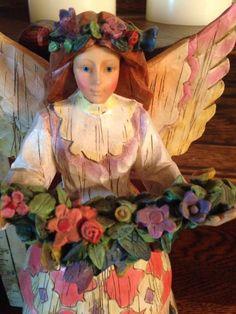 Jim Shore Angel  - http://collectiblefigurines.net/jim-shore/angels/jim-shore-angel-2/