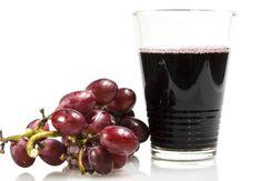 Anti-fringale au raisin - 10 super jus détox/minceur - Smoothies Detox, Detox Shakes, Jus Detox, Milkshake, Healthy Drinks, Red Wine, Ale, Alcoholic Drinks, Brunch