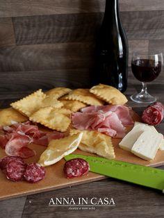 """Con con questa ricetta partecipo al """"Foodbloggest di Esperienze Gustose"""" GNOCCO FRITTO www.annaincasa.blogspot.it www.facebook.com/annaincasa #annaincasa"""