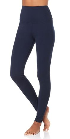 When styled the right way, leggings can be comfy and chic. We love a pair that slims, shapes & smooths!