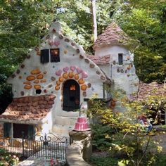 18 Homes That Belong In A Fairytale