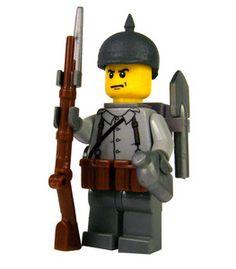 German standard infantryman soldier world war 2 Lego Ww2, Lego Army, Lego Decals, Lego Craft, Lego Minifigs, Lego Modular, Lego Construction, Vintage Lego, Lego Figures