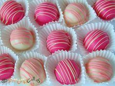 Bomboane Fondante cu Trandafiri 4 Fondant, Mini Cupcakes, Truffles, Recipies, Deserts, Candy, Sweet, Food, Bar