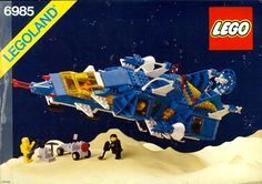A Space set released in Best Lego Sets Ever, Lego Vintage, Vintage Space, Legos, Classic Lego, Lego Videos, Lego Spaceship, Lego Construction, Lego Technic