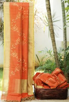Lakshmi Handwoven Khadi Silk Sari 000004 - Brands / Lakshmi - Parisera