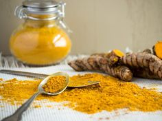 Healthy living begins with healthy food. Turmeric root may help with anti-aging. Add to food, use as a tonic, or display a healthy lifestyle. Light colored background, classic spice jar, and ground curcumin and turmeric root displayed with spoons Turmeric And Pepper, Turmeric Root, Health And Wellness, Health Tips, Anti Inflammatory Recipes, Healthy Aging, Nutrition Guide, Korn, Health