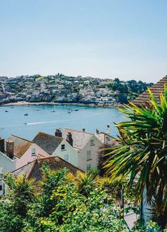 Ultimate Cornwall Road Trip Itinerary: South of England in 3 daysYou can find Cornwall england and more on our website. Towns In Cornwall, Cornwall Beaches, Devon And Cornwall, St Ives Cornwall Cottages, Cornwall House, Things To Do In Cornwall, Places To Travel, Places To Visit, British Beaches