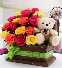 Flores para Colombia - Cumpleaños-Para Mamá Unique Flower Arrangements, Flower Centerpieces, Flower Decorations, Flower Packaging, Balloon Flowers, Felt Christmas, Flower Boxes, Flower Designs, Amazing Flowers