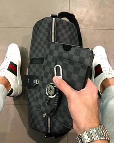 Louis Vuitton, Gucci by Style Clothing Louis Vuitton Homme, Louis Vuitton Luggage, Louis Vuitton Damier, Louis Vuitton Mens, Mochila Louis Vuitton Hombre, Baskets Gucci, Fashion Bags, Mens Fashion, Fashion Backpack