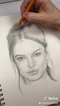 Portrait drawing by Nadia Coolrista - drawing tips Girl Drawing Sketches, Art Drawings Sketches Simple, Portrait Sketches, Pencil Art Drawings, Realistic Drawings, Portrait Art, Portrait Drawing Tips, Face Drawings, Face Sketch