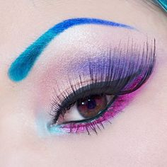 Beautiful image of Shrinkle #Sugarpill with her Sparkle Baby and Cold Chemistry Palettes