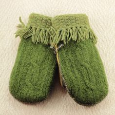 Sweater Mittens, Forest Green and Gold Medium Mittens, Fringe Cuffs, Recycled Mittens, OldWoolNew by OldWoolNew on Etsy
