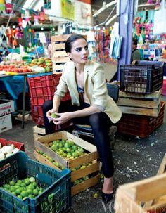 Photography Marketing, Editorial Photography, Fashion Shoot, Editorial Fashion, Fashion Photography Inspiration, Style Inspiration, China Shopping, Giuseppe Zanotti, Vintage India
