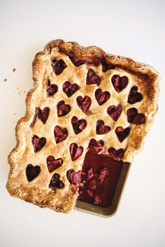 Strawberry Balsamic Slab Pie – butter and brioche