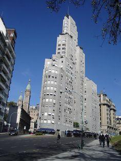http://pinterest.com/bairespinea/    Retiro • Buenos Aires