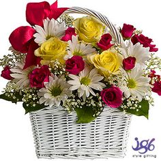 Flower delivery make a great last minute gift for any occasion. All of our flowers arrangements can be delivered same day, anywhere in the US. Each flower bouquet is expertly arranged and hand-delivered by a local florist, in a beautiful vase. Next Day Delivery Flowers, Next Day Flowers, Cheap Flower Delivery, Online Flower Delivery, Flowers Today, Order Flowers, Flower Wreath Funeral, Funeral Flowers, Wreaths For Funerals