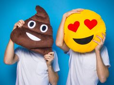 CoolStuff.de - Emoti-Kissen hier sofort bestellen Emoji, Ikon, Smiley, Pikachu, Gadgets, Presents, Gifts, Fictional Characters, Art