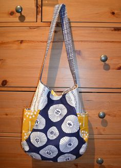 241 Tote by shecanquilt, via Flickr