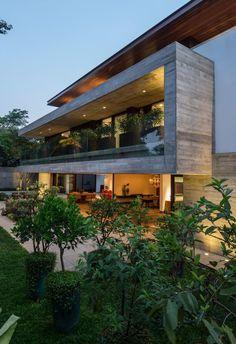 cemento y madera y verde