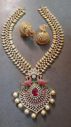 1 Gram Gold Heavy Jewelry Available - Jewellery Designs Real Gold Jewelry, Gold Jewellery Design, Indian Jewelry, Handmade Jewellery, Coral Jewelry, Rose Gold Earrings, Gold Bangles, Gold Necklace, Quartz Jewelry