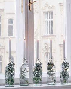Nordic Christmas - The Daily Dose - Joana Nogli - Inspire! Nordic Christmas - The Daily Dose Inspire! Nordic Christmas - The Daily Dose - Natural Christmas, Simple Christmas, Christmas Home, Christmas Tables, Modern Christmas, Merry Christmas, Sweden Christmas, Christmas Ideas, Hygge Christmas