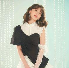 Yuri, Korean Best Friends, Honda, Sakura Miyawaki, Japanese Girl Group, Soyeon, Kpop Girl Groups, Cute Hairstyles, Korean Girl