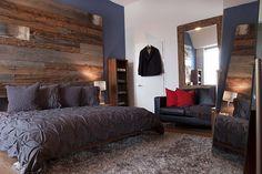 Une chambre avec mur en bois de grange - Déconome