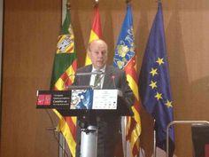 Máximo Buch conseller de Turisme abriendo el Congreso