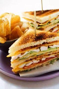 CLUBHOUSE Sandwich for lunch weekend / Sandwich Club House para el almuerzo de fin de semana