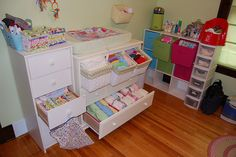 Diaper storage....this is a beautiful cloth diaper storage display!