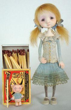 Lori - original doll by Ana Salvador